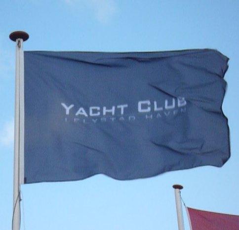 Reclame vlaggen voordelig bestellen bij Vlaggenclub