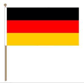 Duitse zwaaivlag Duitsland 15x22cm, stoklengte 30cm