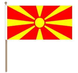 Zwaaivlag Macedonië, Macedonische zwaaivlag 30x45cm, stoklengte 60cm