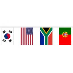Vlaggenlijn met 32 Internationale vlaggen 30x45cm lengte 20m