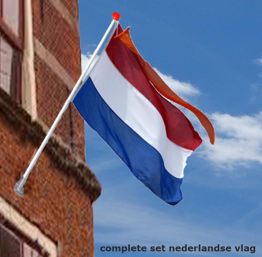 Complete set Nederlandse vlag met gevelstok wimpel en houder voordelig kopen