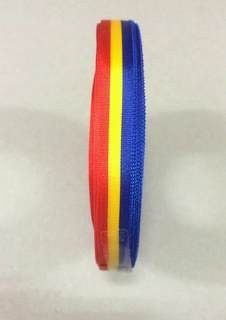 Lint Carnaval rood geel blauw voor cadeau of medailles 25m1 10mm
