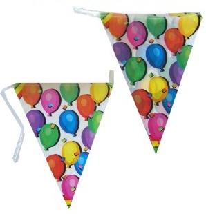 Vlaggenlijn gefeliciteerd voor iedere verjaardag met vrolijke ballonnen erop, 10m
