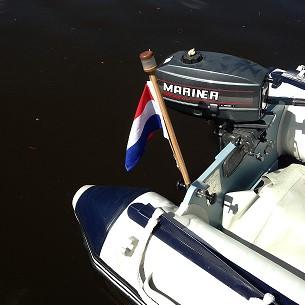 Vlaggenstok met LED verlichting 80cm ideaal voor op een Dinghy rubberboot