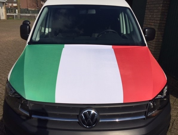 Motorkap hoes Italië