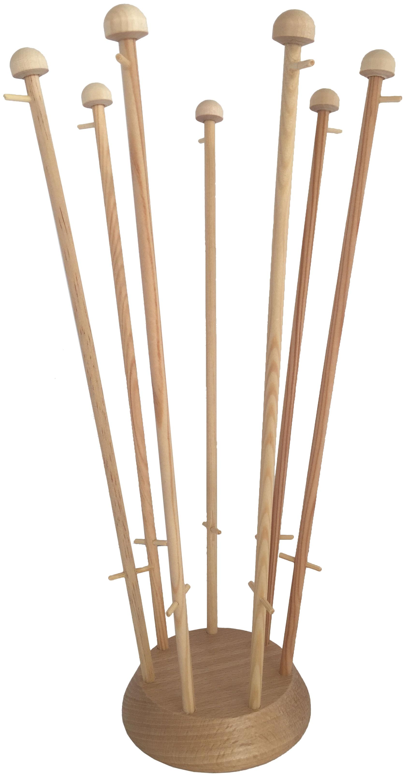 Houten tafelstandaard voor zeven tafelvlaggen met gat in midden met mastjes van voren