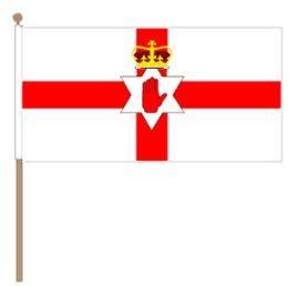 Zwaaivlag Noord-Ierland, Noord Ierse zwaaivlag 30x45cm, stoklengte 60cm