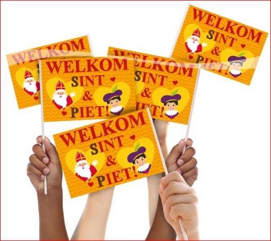 Welkom Sint en Piet zwaaivlaggen