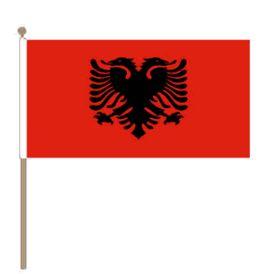 Zwaaivlag Albanië, Albanese fanvlag 30x45cm, stoklengte 60cm