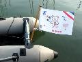 "Vlaggenstokhouder op spiegel rubberboot met Vlaggenclub pakket vlag ""maak je eigen vlag"""